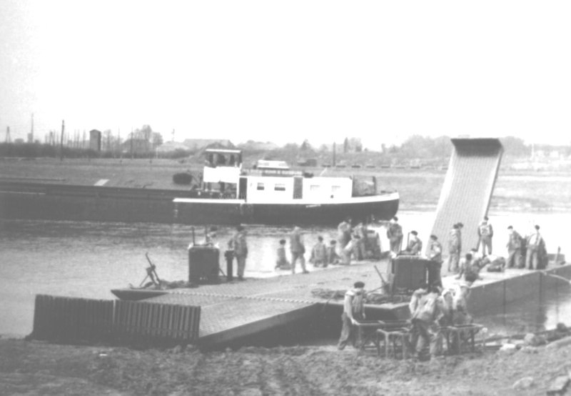 completed-heavy-ferry-on-the-river-weser-wouldham