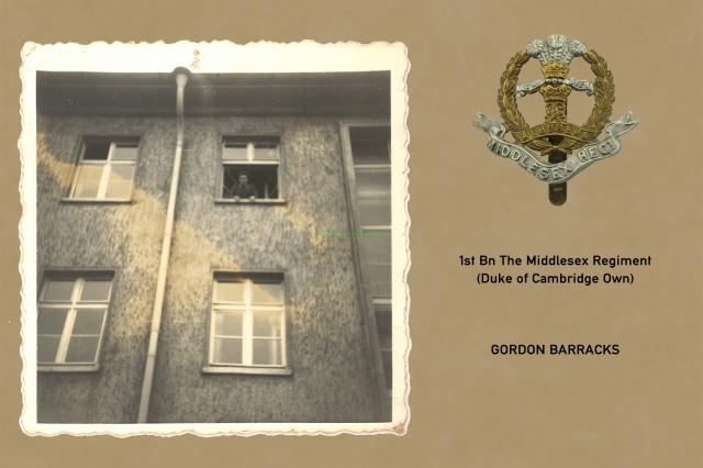 1961_08_15-b_hedges_gordon_barracks_004
