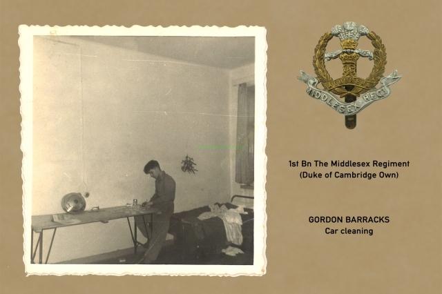 1961_08_15-b_hedges_gordon_barracks_006