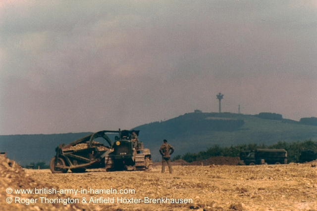 1974-75-65-css-building-the-hoexter-airfield-by-thorington-00004