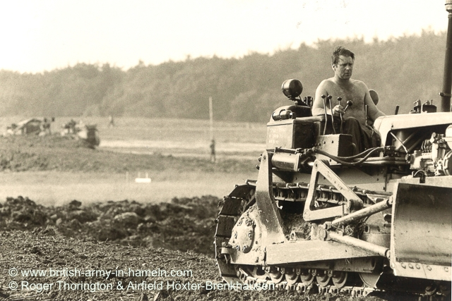 1974-75-65-css-building-the-hoexter-airfield-by-thorington-00007
