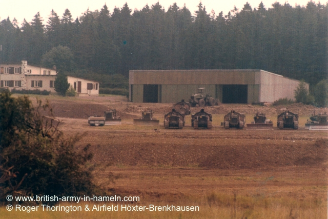 1974-75-65-css-building-the-hoexter-airfield-by-thorington-00008