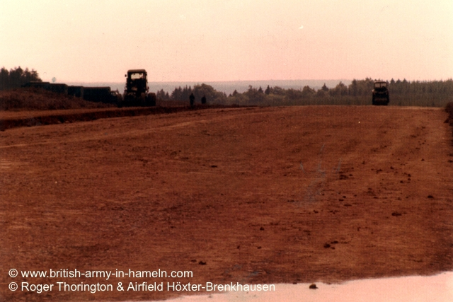 1974-75-65-css-building-the-hoexter-airfield-by-thorington-00029