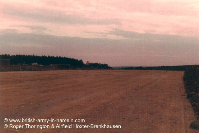 1974-75-65-css-building-the-hoexter-airfield-by-thorington-00033