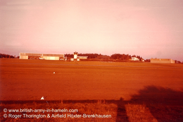 1974-75-65-css-building-the-hoexter-airfield-by-thorington-00034